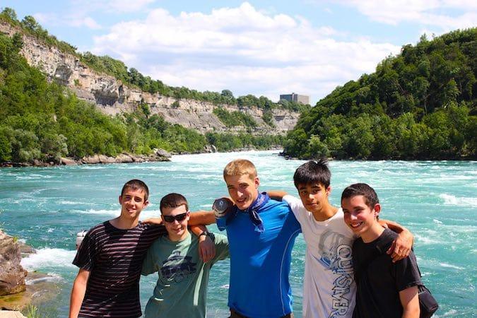 Niagara river teen treks